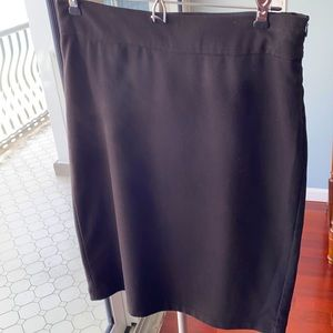 Sophie Max A-line pencil skirt. Black. Size 0/2.